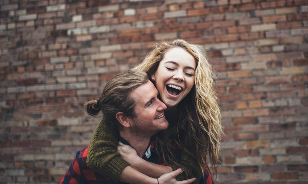 5 жени откриваат како изгледа вљубувањето