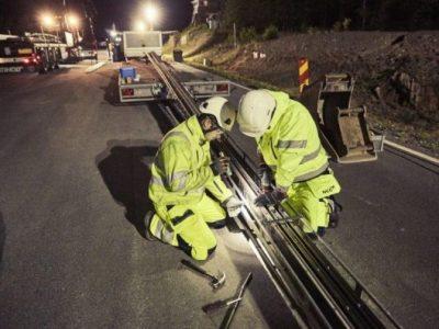 Во Шведска е пуштен во употреба првиот електричен автопат што ги полни автомобилите при возење